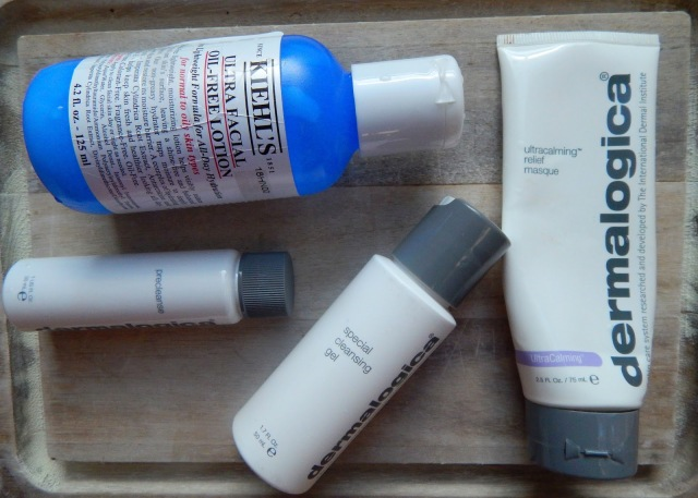 Deramalogica Skincare, Fall Skin Care, Winter Skincare, Dermalogica precleanse, Dermalogica special cleansing gel, Kiehl's oil-free lotion, Dermalogica ultracalming relief masque, model beauty routine