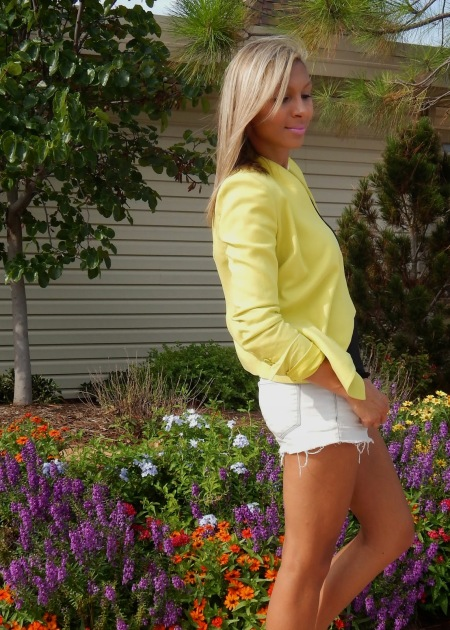 cutoff shorts, white shorts, cutoff denim, bright outfit, bright outlook
