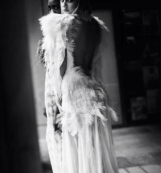 Vogue Paris, Wedding in Paris, Wedding Inspiration, Parisian Wedding Inspiration, Creative Wedding Dresses