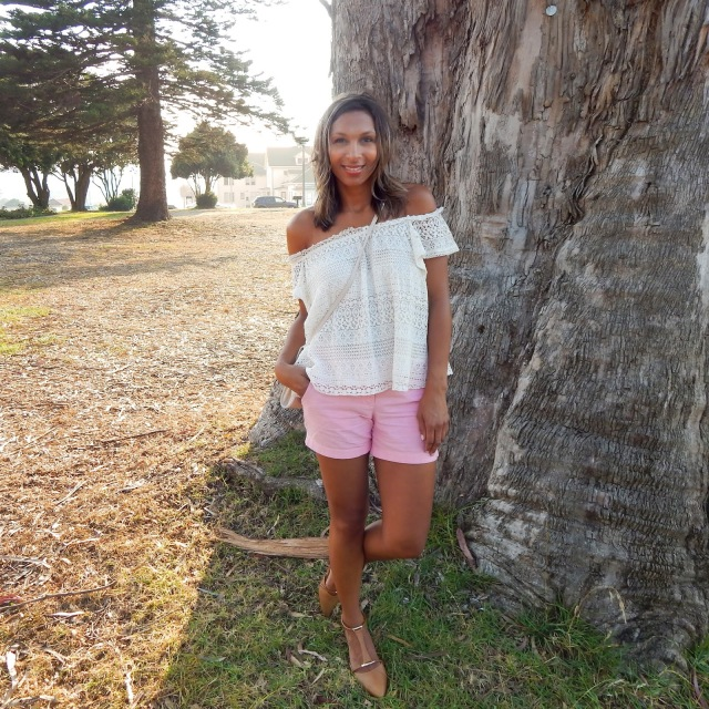 TopShop Top, J. Crew Shorts, Aldo shoes, Nude flats, nude sandals, Summer in San Francisco, After Glow, Fort Mason, Marina, Marina Green, San Francisco, San Francisco Fashion, San Francisco Style, Alex Haygood, Outfit Inspiration, Fashion Bloggers, Style Bloggers