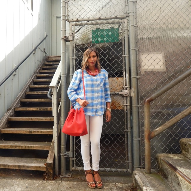 Labor day, Labor Day outfit, LDW, patriotic outfit, patriotic, Zara check top, blue check top, rails check top, rag & bone jeans, rag & bones skinny jeans, rag & bone white jeans, red bucket bag, mansur garviel bag, bucket bag, Sausalito, vast aspiration, vast aspiration style, fashion blog, style blog