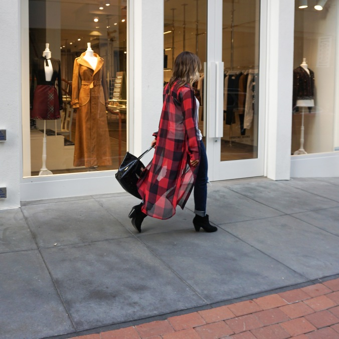 Zara, Red Plaid, Plaid top, overcoat, ripped jeans, James Perse tee, Kate Spade purse, booties, Gap jeans, San Francisco, maiden lane, san francisco fashion, fashion blogger, san francisco style, outfit inspiration, fall outfit inspiration