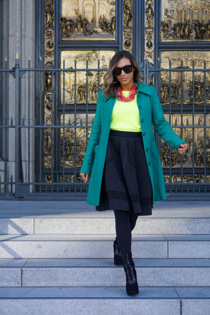 Green coat, milly coat, j crew sweater, neon j crew sweater, chicwish skirt, full skirt, perforated skirt, wedge booties, lace up boots, christmas outfit, christmas look, christmas eve look, grace cathedral, san francisco, de young museum
