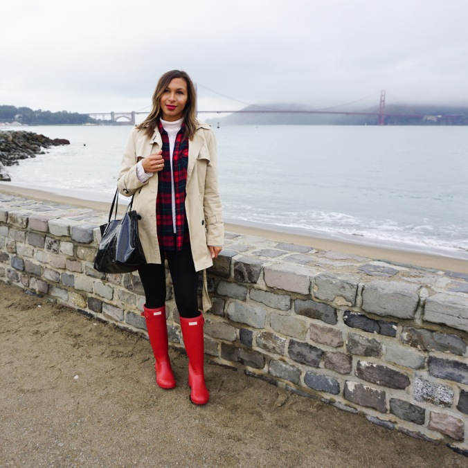 Trench coat, red hunter boots, hunter boots, hunter boots and plaid, san francisco, golden gate bridge, san francisco outfit, kate spade bag, boots and leggings, what to wear in san francisco, rainy day outfit, alex haygood, vast aspiration, vast aspiration 2016, fashion inspiration, lookbook, top bloggers, fashion blogger, style blogger