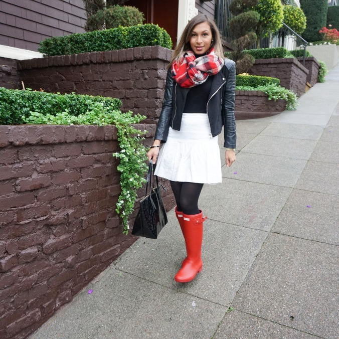 Black moto jacket, Vince turtleneck sweater, red plaid scarf, azalea scarf, white j.crew skirt, hunter boots, red hunter boots, kate spade bag, patent kate spade bag, birthday look, birthday suit, ways to wear hunter boots